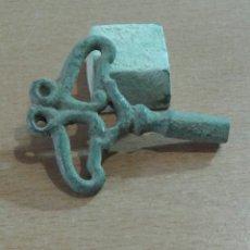 Antigüedades: ANTIGUA LLAVE COFRE ROMANO COLECCIÓN PARTICULAR PRECIOSA PATINA. Lote 111418400