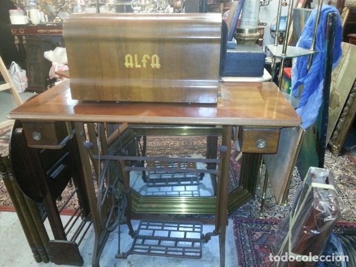 Antigüedades: Máquina de coser Alfa - Foto 2 - 111723787
