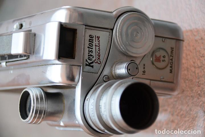 Antigüedades: Cinecamara 16 mm, doble 8.Visor y lente especial. - Foto 4 - 111779699