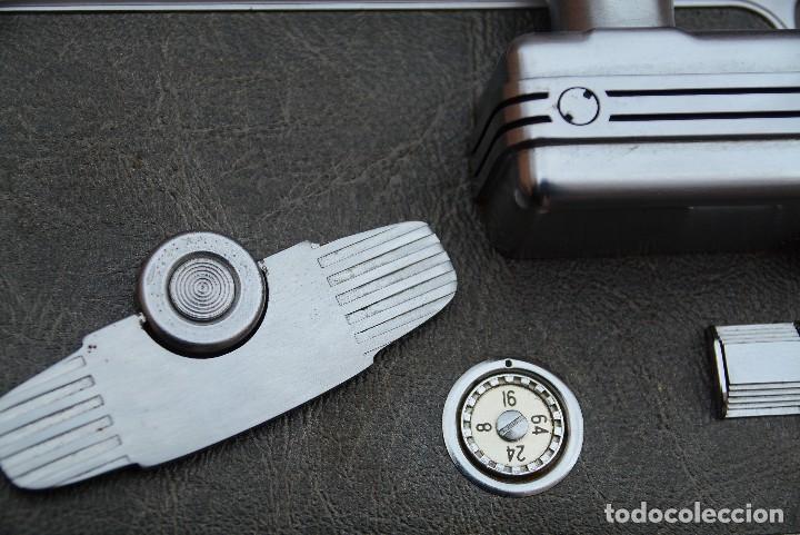 Antigüedades: Cinecamara 16 mm, doble 8.Visor y lente especial. - Foto 7 - 111779699