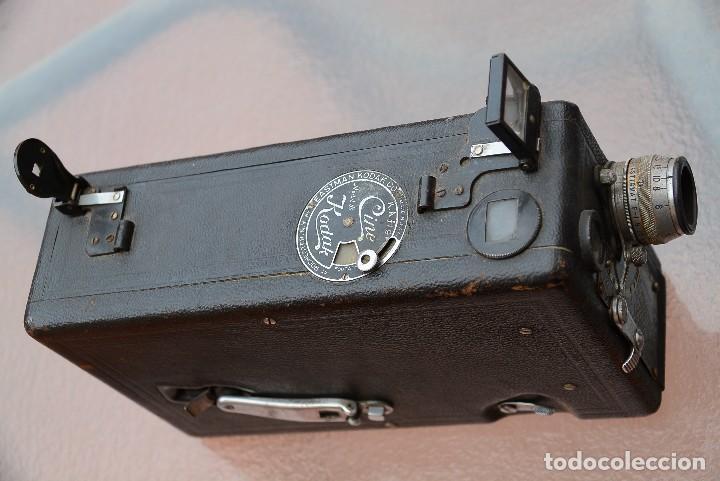 Antigüedades: cinecámara 16 mm KODAk.primeros modelos. - Foto 5 - 111780031