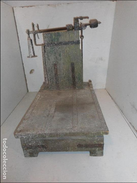 BASCULA DE MADERA ANTIGUA RECOGIDA EN PROVINCIA BARCELONA (Antigüedades - Técnicas - Medidas de Peso - Básculas Antiguas)