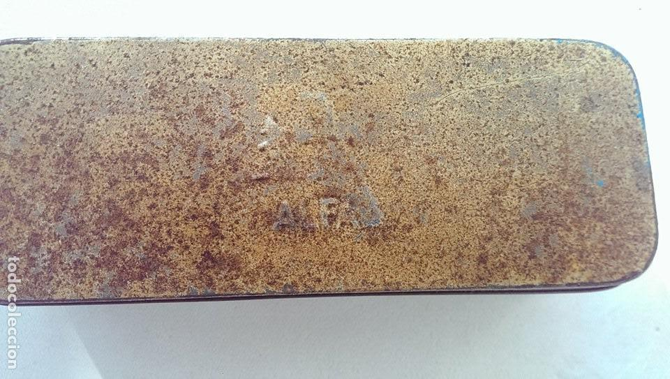 ANTIGUA CAJA METALICA MAQUINA DE COSER ALFA COLECCION (Antigüedades - Técnicas - Máquinas de Coser Antiguas - Alfa)