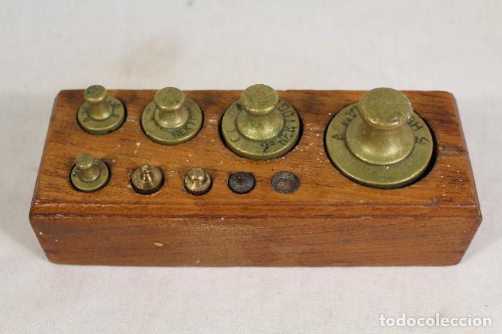 JUEGO DE 8 PESAS - PONDERALES EN BRONCE PESAS EN BRONCE GRABADAS (Antigüedades - Técnicas - Medidas de Peso - Ponderales Antiguos)