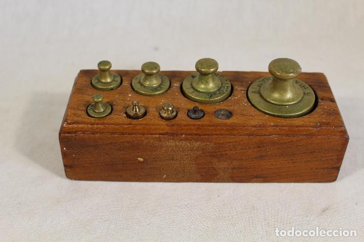 Antigüedades: juego de 8 pesas - ponderales en bronce pesas en bronce grabadas - Foto 3 - 112188835