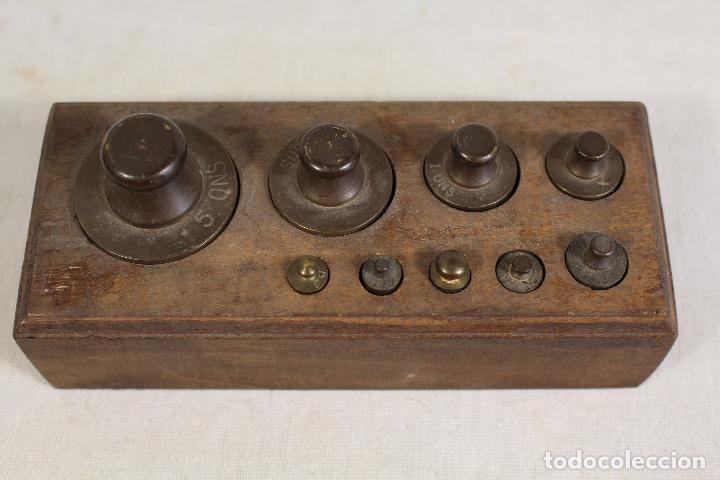 Antigüedades: juego de 9 pesas - ponderales en bronce pesas en bronce grabadas - Foto 2 - 112189623