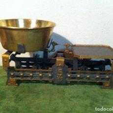 Antigüedades: BONITA BALANZA DE COMERCIO DE ULTRAMARINOS FUERZA 5 KG AÑO 1921 ALEMANIA ENTRE GUERRAS (BD 06). Lote 112315835
