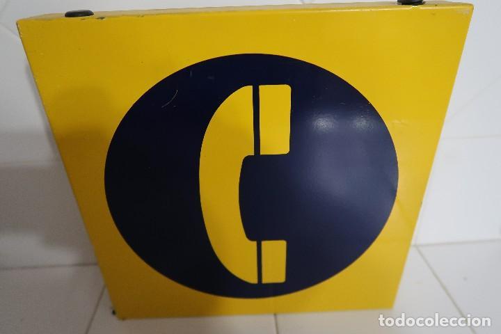 CARTEL METÁLICO DE SEÑALIZACIÓN DE TELÉFONO PÚBLICO (Antigüedades - Técnicas - Teléfonos Antiguos)