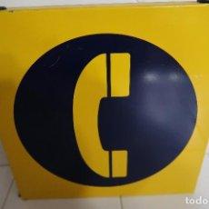 Teléfonos: CARTEL METÁLICO DE SEÑALIZACIÓN DE TELÉFONO PÚBLICO. Lote 112352603