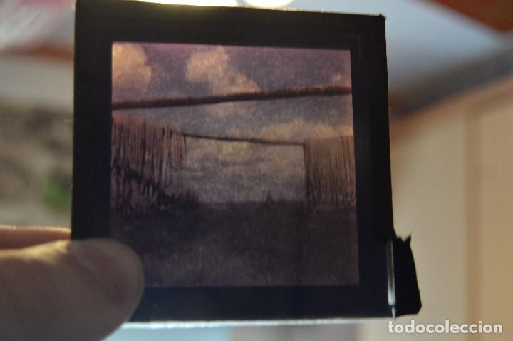 Antigüedades: VINTAGE - GRAN LOTE DE 67 CRISTALES CON FOTOGRAFÍA DE LINTERNA MÁGICA - AÑOS 60 - HAZ OFERTA - Foto 9 - 112508731