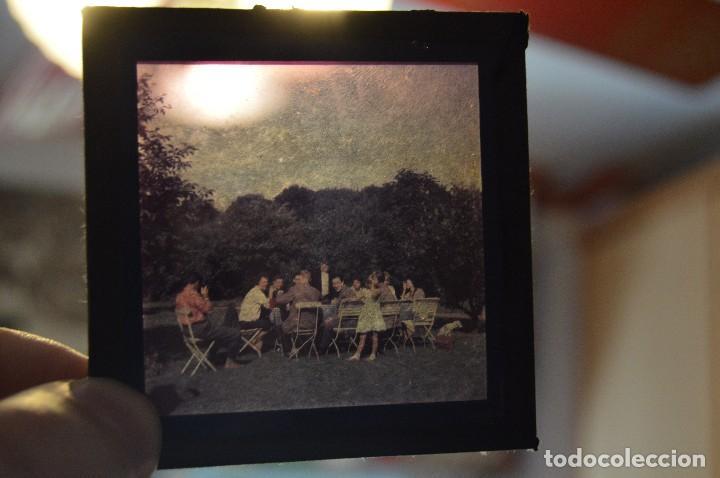 Antigüedades: VINTAGE - GRAN LOTE DE 67 CRISTALES CON FOTOGRAFÍA DE LINTERNA MÁGICA - AÑOS 60 - HAZ OFERTA - Foto 11 - 112508731
