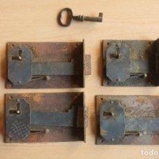 Antigüedades: 4 CERRADURAS ANTIGUAS CON LLAVE ORIGINAL. Lote 112542055