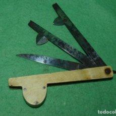 Antigüedades: DIFICIL NAVAJA AÑOS 30 LANCETA BARBERO ANTIGUO MEDICO VETERINARIO SANGRIAS ACERO CARBONO. Lote 112564879