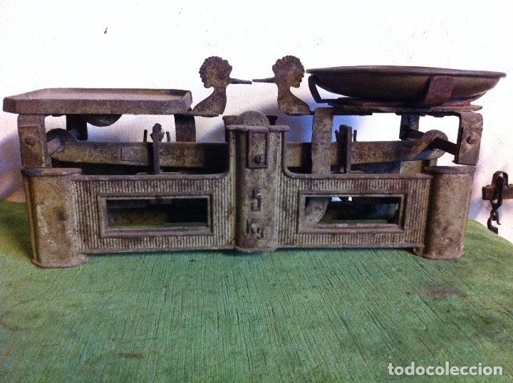 Antigüedades: BALANZA DE COMESTIBLES CON FUERZA 5 KG DE PRINCIPIOS DEL XX (BG 01) - Foto 3 - 112670711