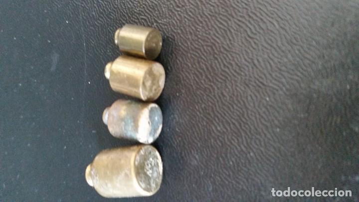 Antigüedades: ANTIGUIOS Y PEQUENINOS PESOS DE 10gr DOS DE 5gr Y LO OTOR CREIO QUE é de 2,5gr - Foto 3 - 112826267