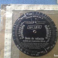 Antigüedades: REGLA CIRCULAR MEDICA - RADIOSCOPIA - RADIOGRAFIA - DOSIS RADIACION RECIBIDA POR PACIENTE A 100 CM. Lote 112902347