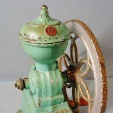 Antigüedades: ANTIGUO MOLINILLO DE CAFÉ. MARCA JMF. BUEN ESTADO DE CONSERVACIÓN. PPIOS SIGLO XX.. Lote 112957163