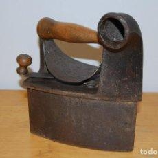 Antigüedades: PLANCHA DE CARBÓN. Lote 112996855