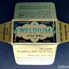 Antigüedades: HOJA DE AFEITAR ANTIGUA-WALDIUM-SUPER MINCE-VINTAGE. Lote 113235203