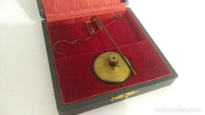 Antigüedades: antigua balanza micrometrica - Foto 10 - 113338223