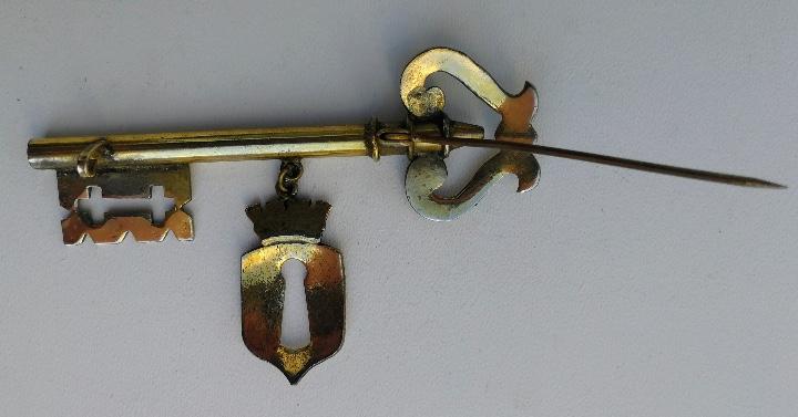 Antigüedades: ANTIGUA ALFILER LLAVE DECORATIVA EN METAL DORADO - EPOCA REPUBLICA - LLAVE DE CIUDAD POSIBLEMENTE - - Foto 8 - 113356883