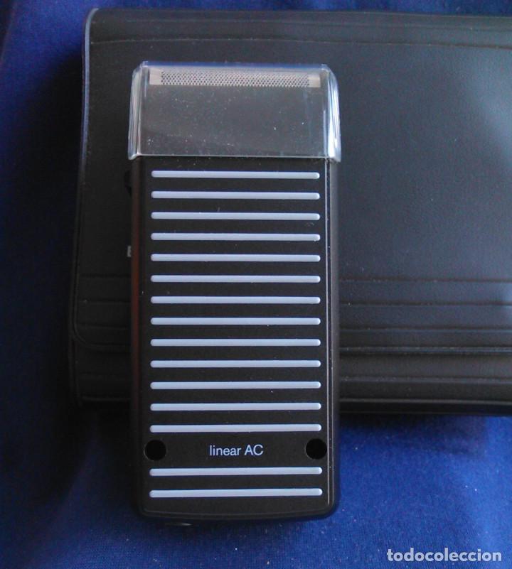 Antigüedades: Máquina de afeitar Braun 5235. Maquinilla electrónica antigua, de los años 80, con estuche. - Foto 2 - 113379863