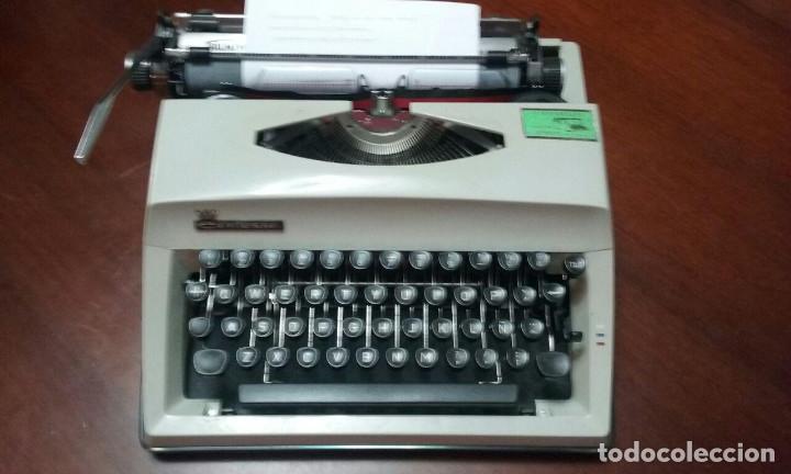 Antigüedades: Antigua maquina de escribir Triumph Contessa de Luxe Años 70. - Foto 2 - 113410527