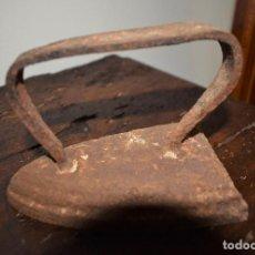 Antigüedades: ANTIGUA PLANCHA DE HIERRO. Lote 113435079