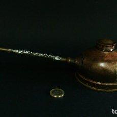 Antigüedades: HERRAMIENTA PARA ACEITE , ENGRASADOR. Lote 113493011
