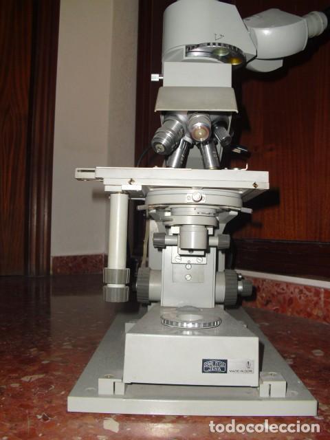 CARL ZEISS JENA, MICROSCOPIO LABORATORIO,REPUBLICA DEMOCRATICA ALEMANA,CAMARA ANALOGICA, C. 1970 (Antigüedades - Técnicas - Instrumentos Ópticos - Microscopios Antiguos)