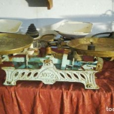 Antigüedades: BASCULA ANTIGUA. Lote 113636179
