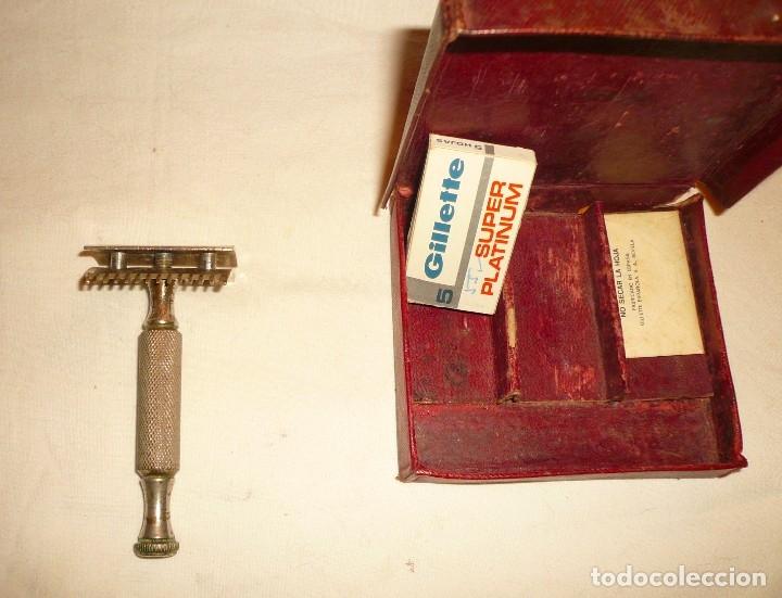Antigüedades: MAQUINILLA AFEITAR Y MAQUINA PARA AFILAR HOJAS DE AFEITAR - Foto 9 - 46505043