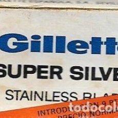 Antigüedades: == H12 - CUCHILLAS DE AFEITAR GILLETTE SUPER SILVER - ESTUCHE CON 3 CUCHILLAS. Lote 114011599