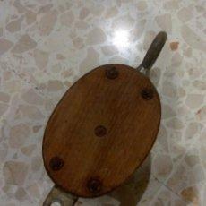 Antigüedades: POLEA DEL BUQUE ESCUELA JUAN SEBASTIÁN ELCANO . Lote 114134811