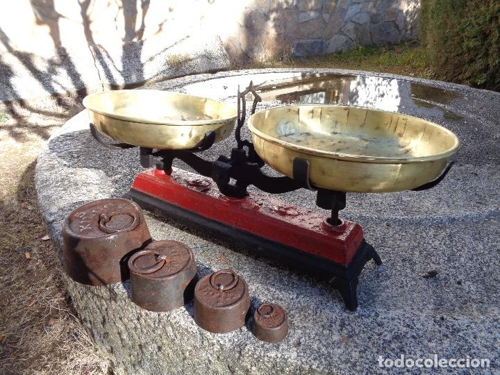 Antigüedades: balanza o bascula siglo XIX funcionando - Foto 4 - 114239691