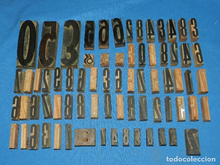 (M) LOTE DE 72 LETRAS NUMEROS TIPOGRAFICOS ANTIGUAS DE MADERA , DIFERENTES MEDIDAS (Antigüedades - Técnicas - Herramientas Profesionales - Imprenta)