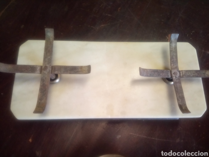 Antigüedades: Balanza de platos, de latón, caja de madera y mármol - Foto 3 - 114447227