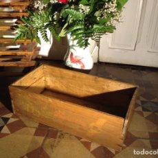 Antigüedades: CAJA MADERA FABRICA TURRONES SONSECA TOLEDO. Lote 114648583