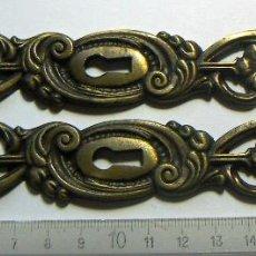 Antigüedades: 2 BOCALLAVES DE BRONCE. Lote 114701487