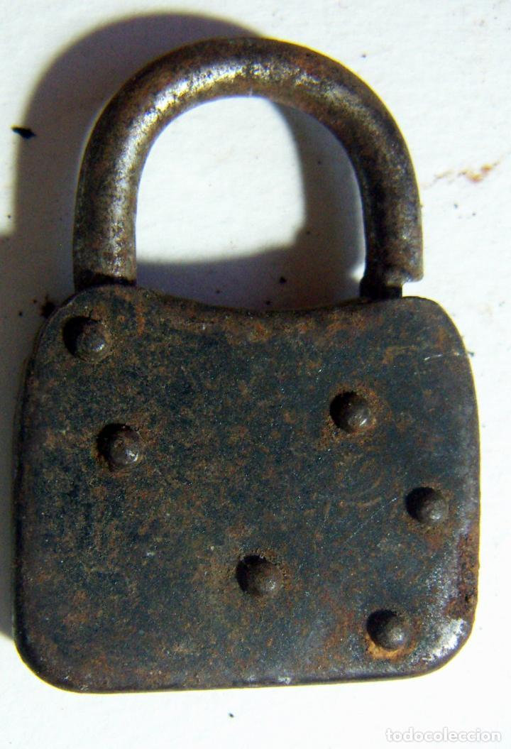 Antigüedades: Viejo candado DORLA - Foto 2 - 114804551