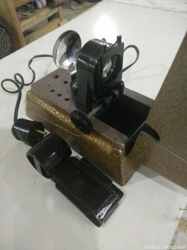 Antigüedades: Antiguo proyector manual - Foto 5 - 114999736