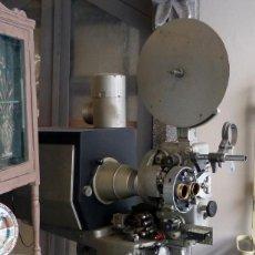 Antigüedades: PROYECTOR 35MM OSSA DE LOS AÑOS 50. Lote 115024955