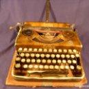 Antigüedades: MAQUINA DE ESCRIBIR ERIKA. Lote 97941107