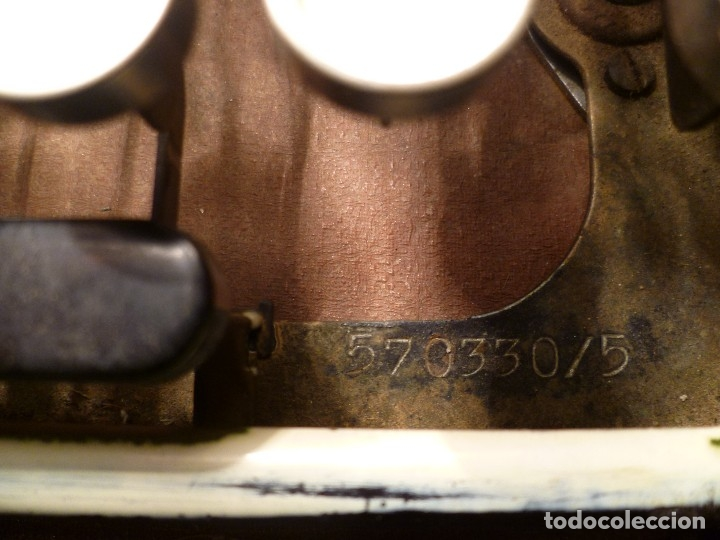 Antigüedades: MAQUINA DE ESCRIBIR ERIKA - Foto 18 - 97941107