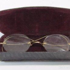 Antigüedades: GAFAS ANTIGUAS - EN SU ESTUCHE. Lote 115209027