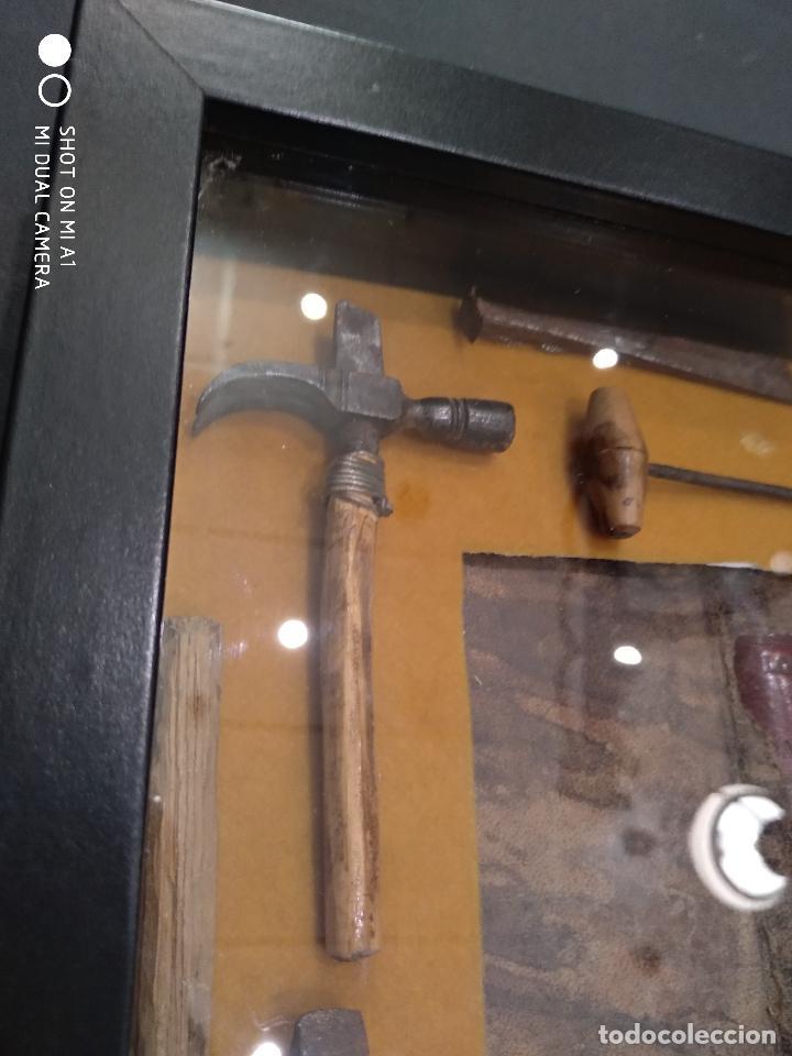 Antigüedades: MUY INTERESANTE CUADRO REALIZADO CON HERRAMIENTAS DE ENCUADERNADOR - POSIBLEMENTE DEL SIGLO XVI - - Foto 5 - 115223331