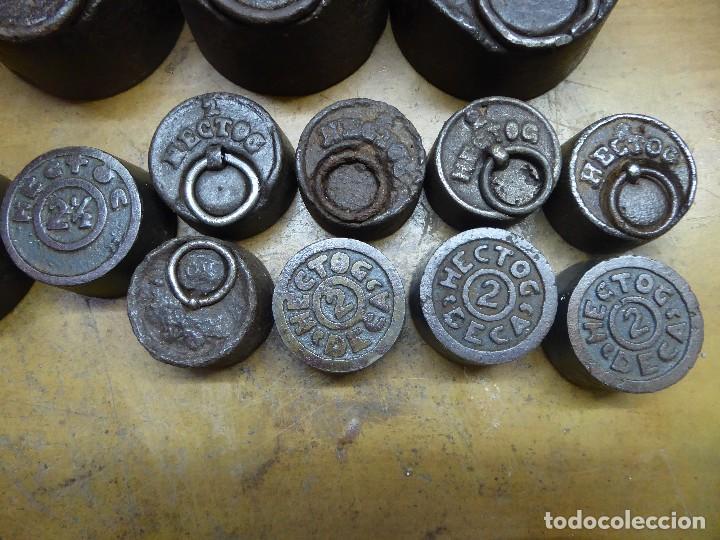 Antigüedades: 17 PESAS DE HIERRO EN BUEN ESTADO - Foto 5 - 115312699