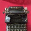 Antigüedades: MÁQUINA DE ESCRIBIR DE DOBLE TECLADO SMITH. HACIA 1910. Lote 115469415