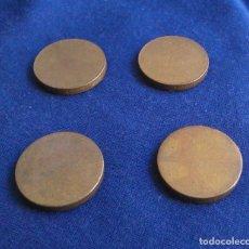 Antiquités: LOTE DE 4 PESAS PEQUEÑAS DE 12 GRAMOS CADA UNA Y 29MM DE DIÁMETRO. PESOS, 12G.. Lote 115489359