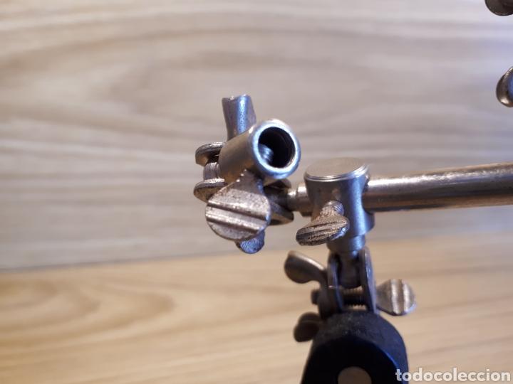 Antigüedades: Lupa de mesa para joyero, relojero o similar. Ajustable. - Foto 4 - 115557768